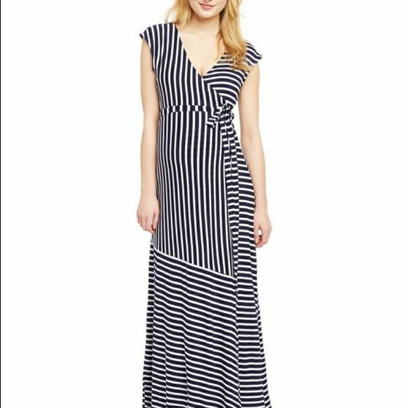 Jessica Simpson Dresses & Skirts - Jessica Simpson Maternity Maxi Dress